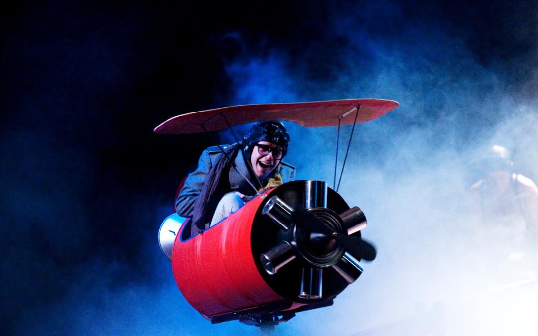 """Crash Flight"" di Ondadurto Teatro"